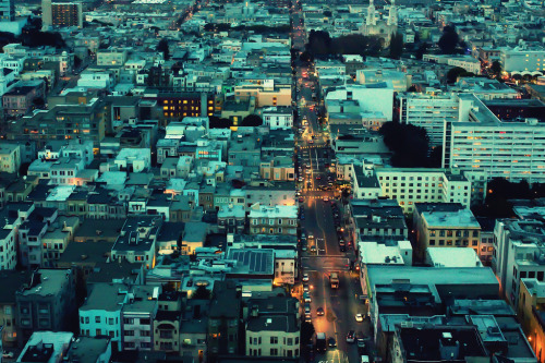 theworldwelivein:  And So Begins the Night (by Thomas Hawk)
