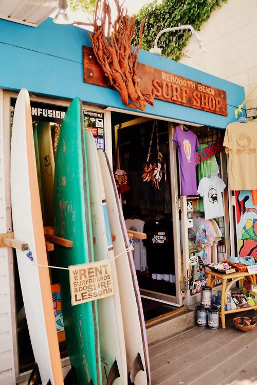 surfsters:  Surf/Skate blog! http://surfsters.tumblr.com