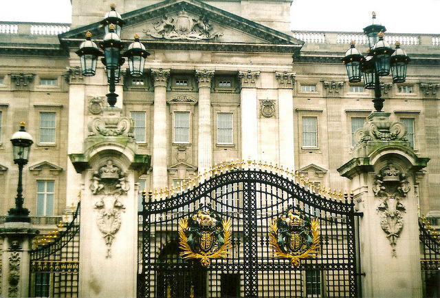 | ♕ |  Buckingham Palace  | by © Shawn Lenker