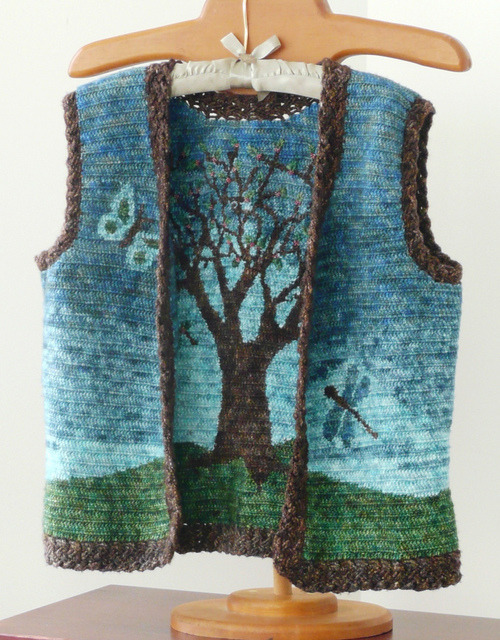 pamelatutu:  Reversible Rowan Tree Vest Designed by Laurinda Reddig: Vest created using my own intarsia and cable techniques that produce a completely reversible fabric, the same on both sides.