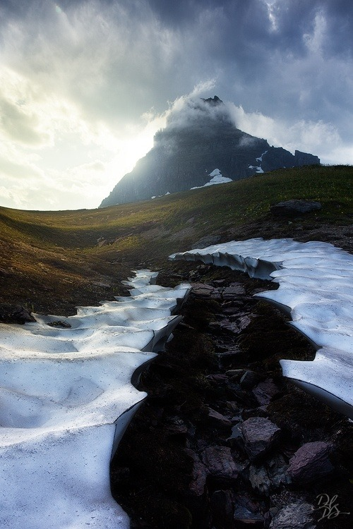 unwrittennature:   Glacial Valley  by David DuBois on Fivehundredpx.