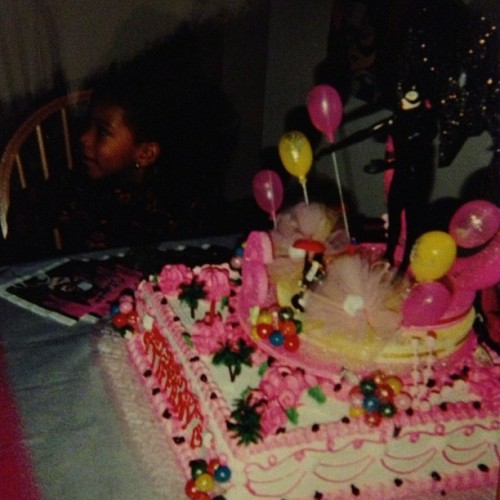 I really wanted to be Catwoman. #tbt #cute #6thbirthday #trill