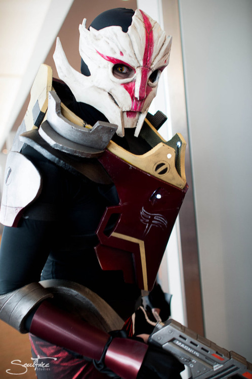 Nyreen Kandros from Mass Effect 3 (Omega DLC)  Cosplayer: Arch4ngel [TM / TW / dA]Photographer: Soulfire Photography [WW / TM / dA / FB]