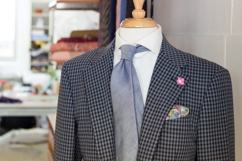 The dapper Mr. Joaquim is ready for Spring. Light Blue 'Chambray' lined six-fold tie, Light Blue Shantung Paisley pocket square, and Pink-White orchid lapel pin, all handmade in Singapore by Vanda Fine Clothing.