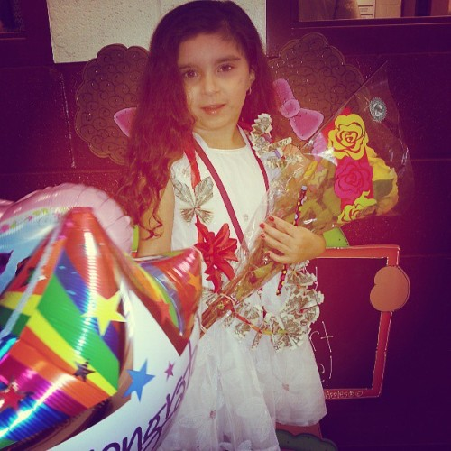 Shes such a diva with her money chains #shessocool #balloons #roses #money