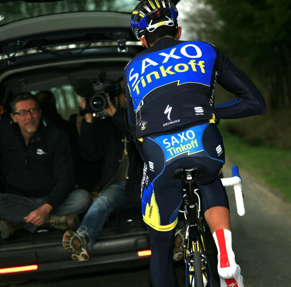 thatswhylovealbertocontador:  Always on bike
