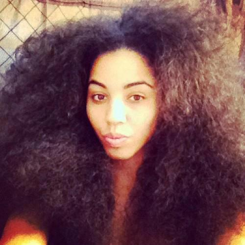 naturalherstory:  Hair! ❥ & lots of it