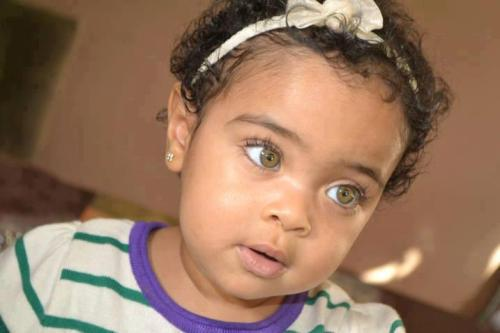 beautiffulcurls:  therealrenlk:  ma bby!!  Follow BeauTIFFul Curls to see some of the most beautiful natural women on Tumblr.  Those eyes