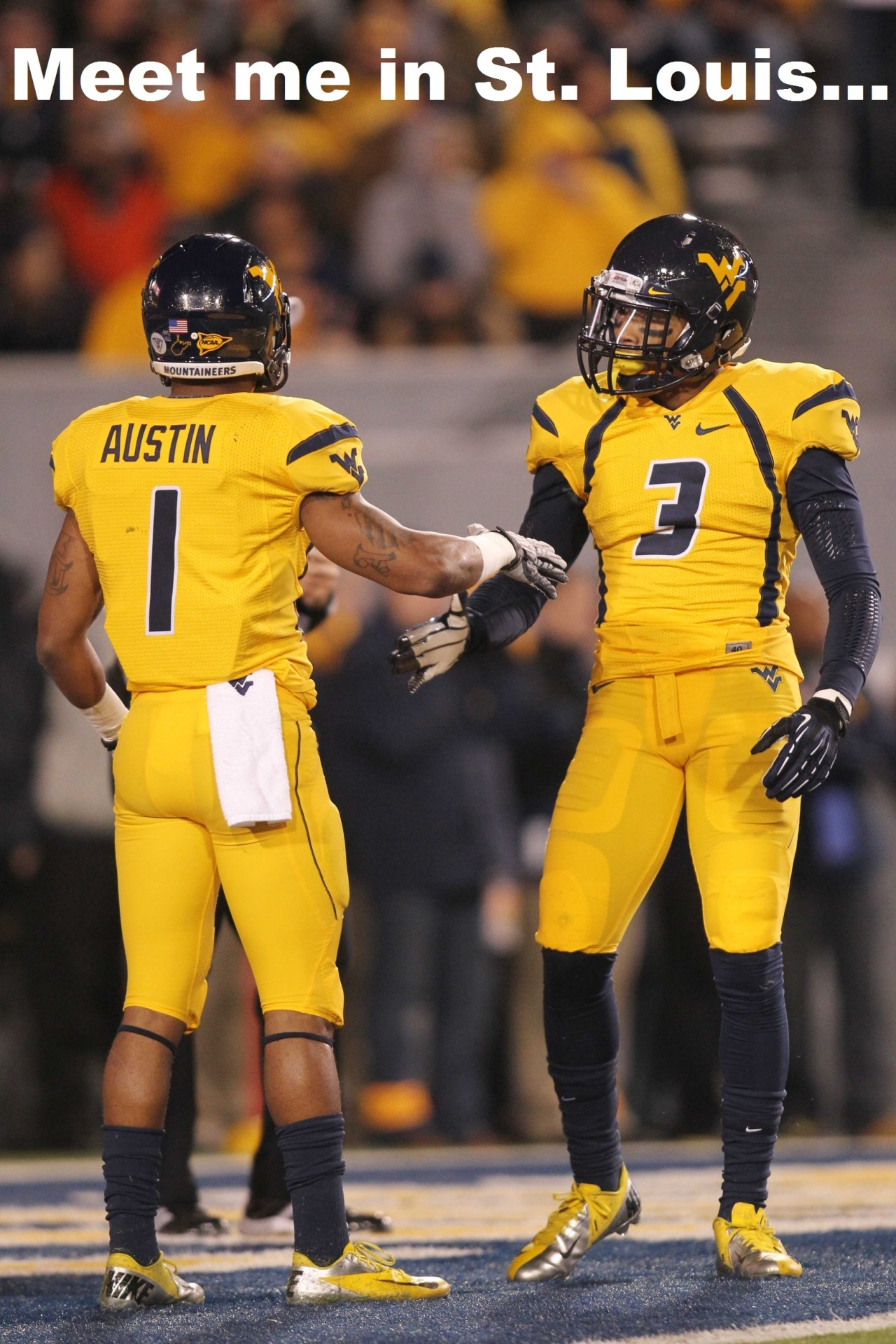 Teammates again!The Rams apparently like West Virginia wide receivers: Stedman Bailey goes to St. Louis at No. 92 overall, joining first-round pick Tavon Austin.