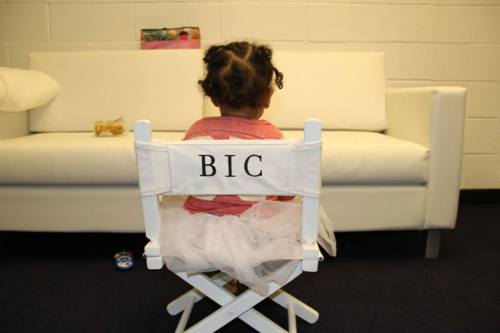 faux-ami:  Blue Ivy Carter.  Too cute.