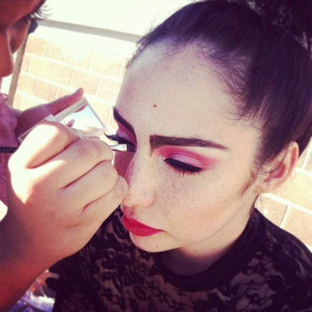 @rainbow_artistry @redshesaid fun #photoshoot today in #chinatown #makeup #model