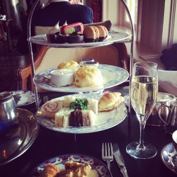 Via @ariesitaa: Tea time in #victoria #fairmontempresshotel #tea #champagne #teasandwich #scones #shortbread #sweets #yummy #chic #dining #gourmet #finedining  #date #romance #canada #vancouver #me #happy #lifestyle