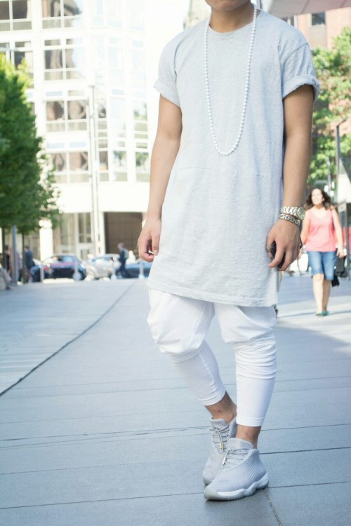 GREY x WHITE summer essentials VALALLDAY x fashion blog