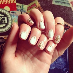Gel nails inspired by the perfect #jilllovers 💅💗 (à This Is Venice - Salon)