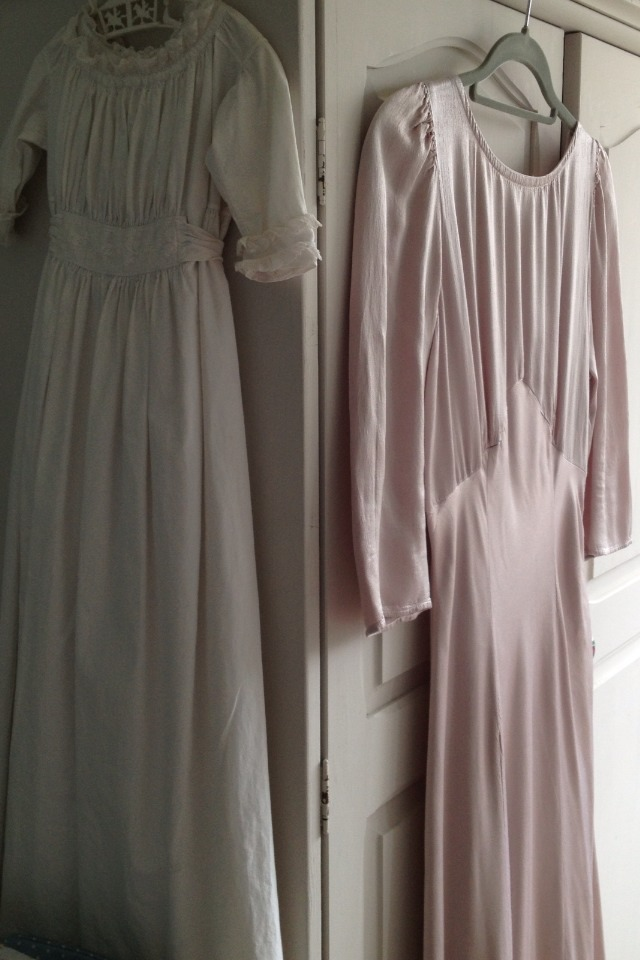 flora-pandora:  Dresses in my room