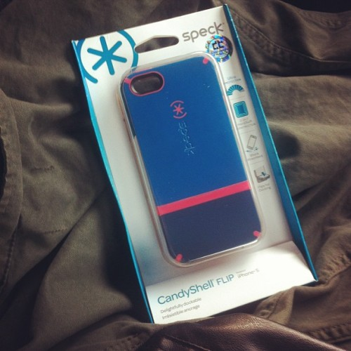 Because #ilovesmartiphone5, I already have a cool case for it! Thanks @aveeceedee!! 😍