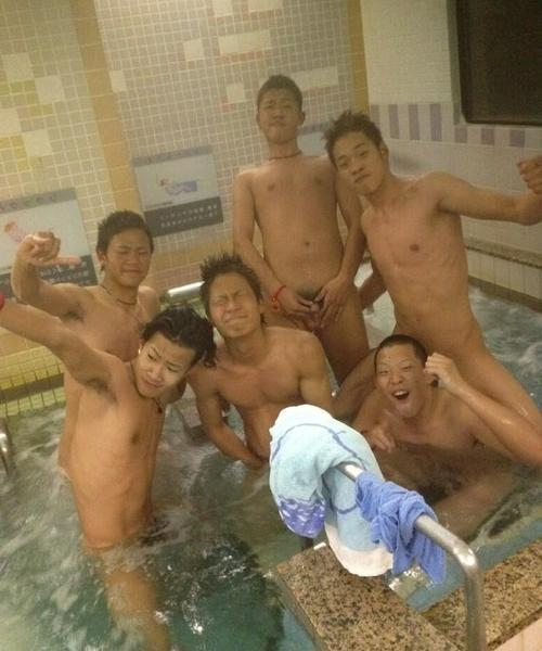 even a bath can be a party if the tub is big enough to hold all your bros…     'topher ;)  BESTofBromance.tumblr.com - Twitter: @BESTofBromance - BESTofBromance@gmail.com