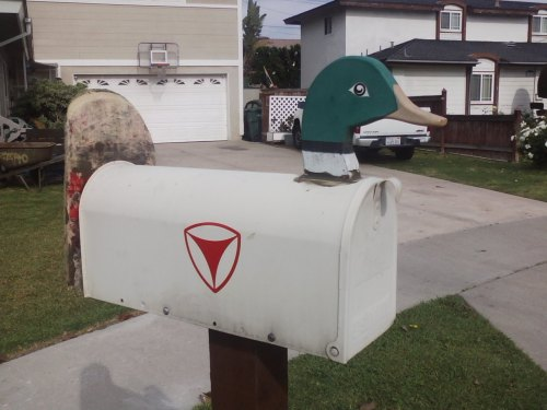 jacob did this shit with industrial paste to his mailbox and his parents are probably gonna get pissed