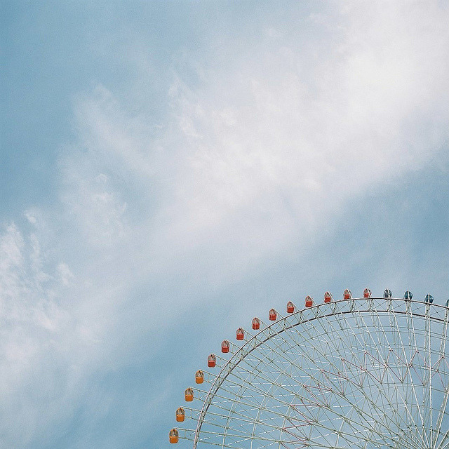 dreams-of-japan:  Ferris Wheel 2 by P5000 on Flickr.