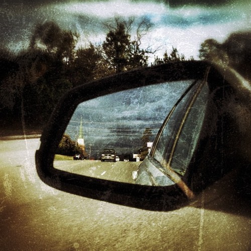 Cracked rear view #famouslyhot #sc #southcarolina #columbiasc #iphone4s #iphonography #instagram #colors #clouds #sky #iphoneonly #iphonegraphy (at Forest Acres)