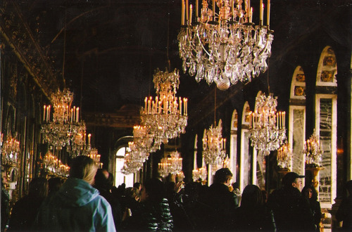 almostlikeadream:  Hall of Mirrors by JennyGreer on Flickr.