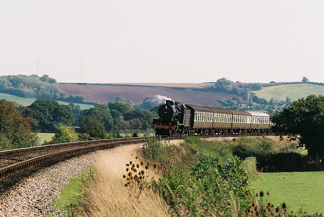 aphelia:  Locomotive No. 88 approaching Blue Anchor, 1st October 2011 by OG47 on Flickr.