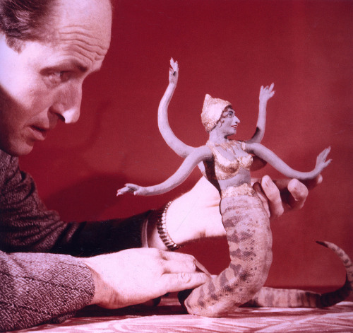 (via MONSTER BRAINS: RIP Ray Harryhausen)