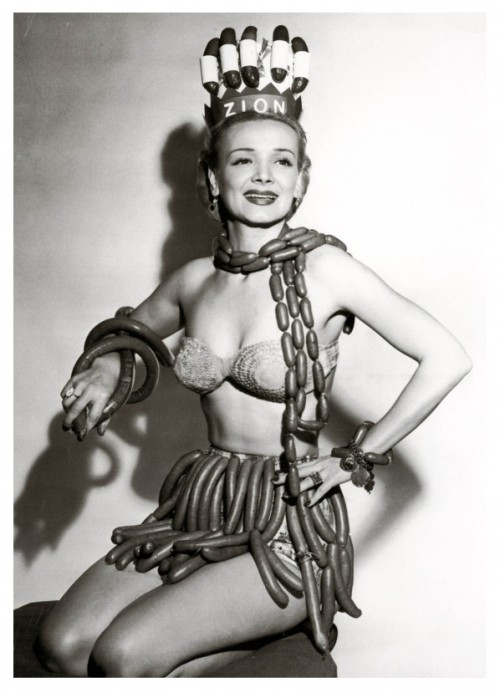 mrdingo:  Miss Sausage Queen, 1955.