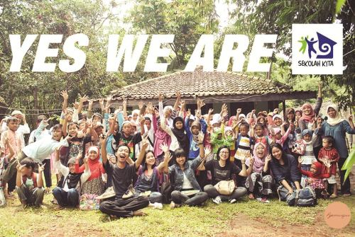 rarasekar:  popomangun:  YES WE ARE! @sekolahrumpin  So proud of my amazing family! www.sekolahkitarumpin.blogspot.com    My weekly smile-inducer :))