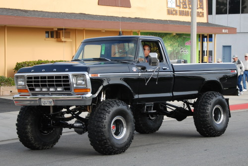 customroadie:  >More Ford Trucks