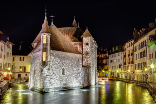 500px: - Palais de l'Isle in Annecy, France by Joshua McDonough