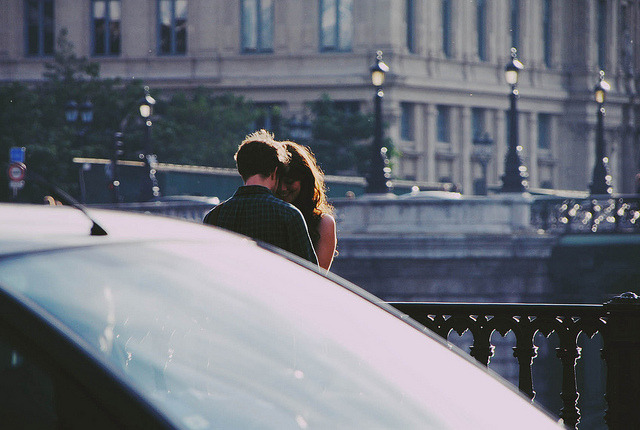 moanarch:  young love. by -ocean on Flickr.