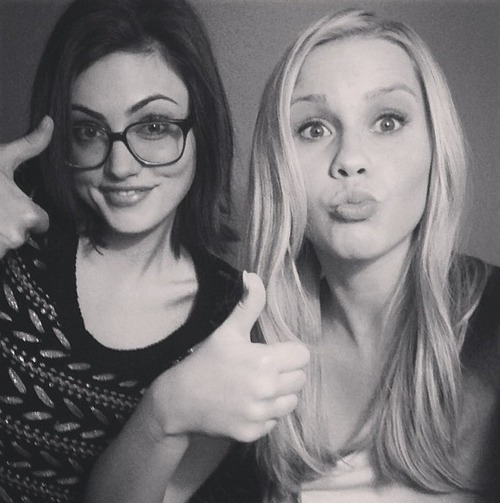 bambiflowur:  Phoebe and Claire. ♡ I remember watching them on H2O: Just Add Water, now they're on The Vampire Diaries together too. so cute.