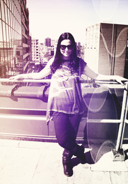 44/50 pictures of Amy Lee