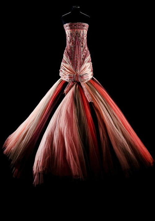 hautekills:  Dress from Christian Dior haute couture s/s 2004