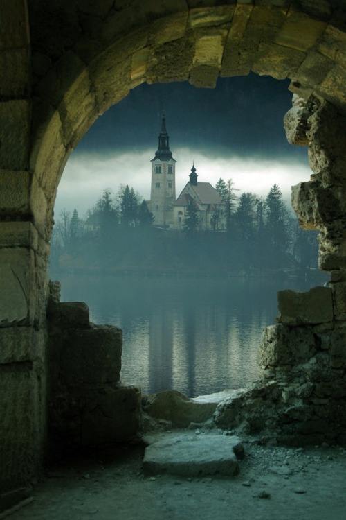 Island Castle, Slovenia photo via richard