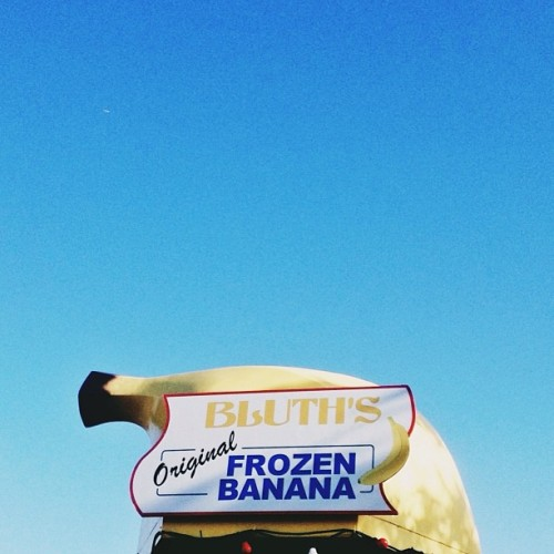 Had a frozen banana for the first time today. Glad it was a Bluth's! 🍌 @travisdrum @ballenaleigh @cynicalsphinx #ADWorldTour (at Bluth's Banana Stand)