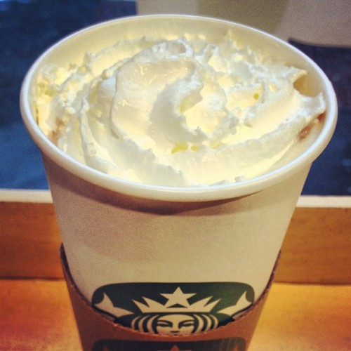 Needed in this cold. #VanillaSpiceHotChocolate #Starbucks