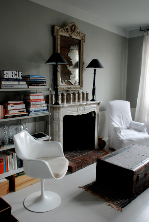 I absolutely LOVE LOVE LOOOOVE French interior designer Marianne Evennou's style. It's typical European modern with all of my favourites like Tolix chairs and Jieldé lights. The warm, earthy colours add more drama to the already dramatic architectural features - and whoa, check out the tile flooring. Gorgeous.   http://www.desiretoinspire.net/blog/2013/1/23/marianne-evennou.html