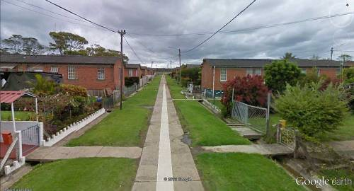 streetview-snapshots:  Living near East London Airport, South Africa