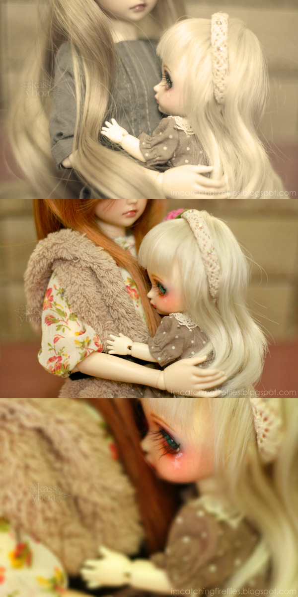 BLOGGED: Wish You Were Here  Blair takes good care of Miette and loves her like a real sister, which Miette reciprocates, but the little girl can't help but miss her mom sometimes. Sadly, her mom is no longer with us. —- This is an entry for my local BJD community's monthly Themes activity. This month's theme is Heartbreak.