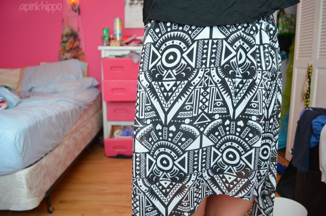apinkhippo:  My hi-lo skirt is seriously the best c':