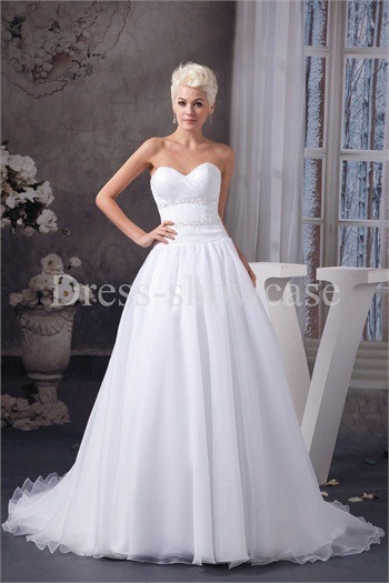 Sweetheart Court Train Satin Zipper-back Dream Wedding Dresshttp://www.Dress-ShowCase.com/Sweetheart-Court-Train-Satin-Zipper-back-Dream-Wedding-Dress-p20968.…View Post