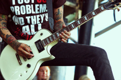 ineedtofindmywaybacktothestart:  Tony Perry - Pierce The Veil by ishobel.pomrening on Flickr.