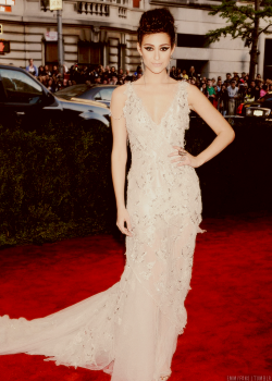 "May 6th, 2013.  The Costume Institute Gala ""Met Ball"", Punk: Chaos to Couture."