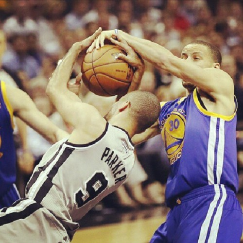 Lets go #goldenstatewarriors , #sanantoniospurs suck #dubs #Warriors #nbaplayoffs #basketball #hoop #stephencurry #splashbrothers #webelong #oakland #BayArea #spurs