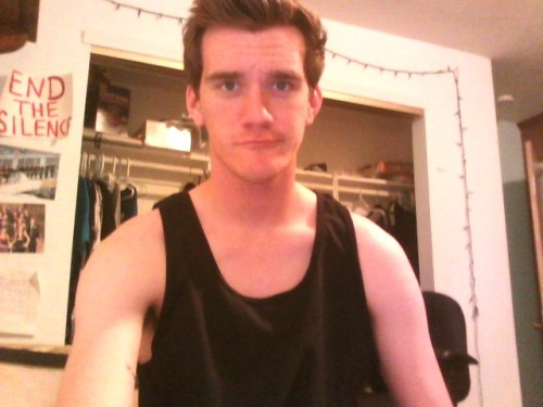 lampsarepeopletoo:  lampsarepeopletoo:   this tank top was only 3 dollars