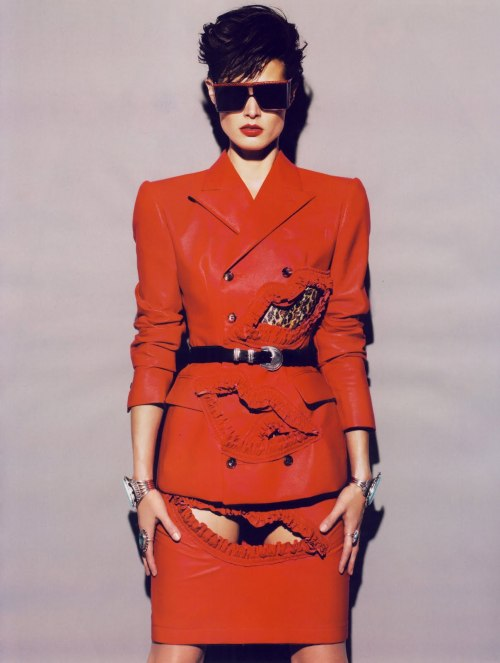 Palstique 80 by Mert Alas & Marcus Piggott in Vogue Paris October 2009