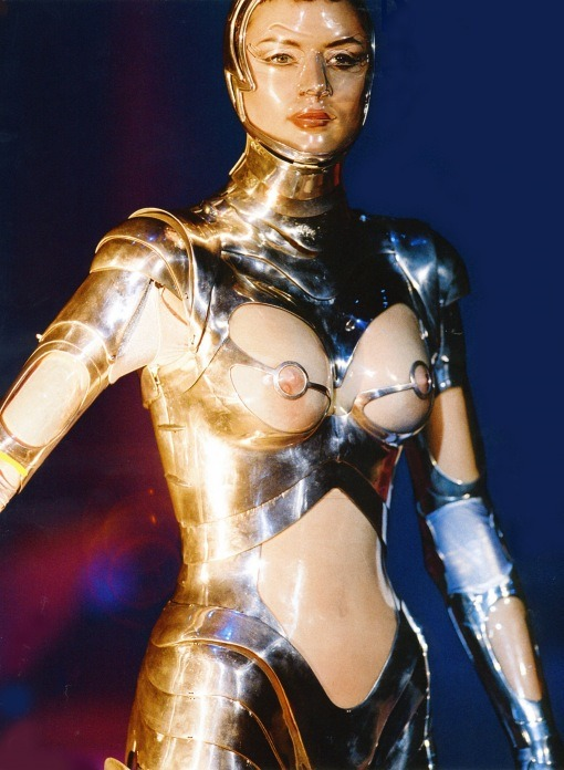 Sexiest of all robots - good old Thierry Mugler…
