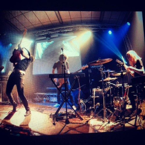Thank you #fuzzfest! (picture by @kmeron ) #thotlive #rock #noise #electronic